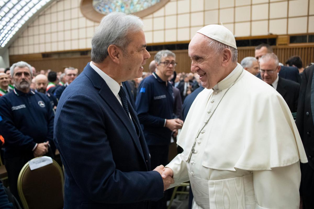 Il Presidente Variati incontra il Santo Padre nell'Udienza con gli uomini e le donne della Protezione civile